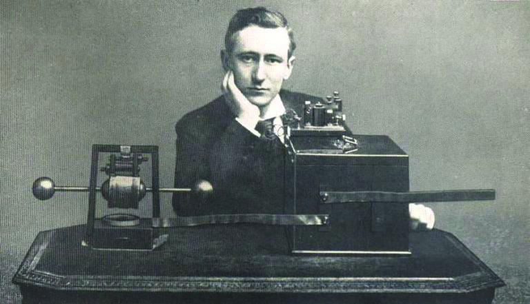 Guglielmo Marconi, inventatorul radioului, a asistat la instalarea emițătorului, la Bod.